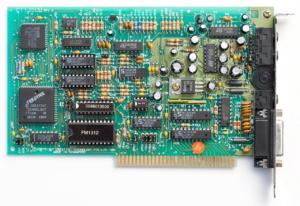 CT-1350B rev3 avec puces CMS